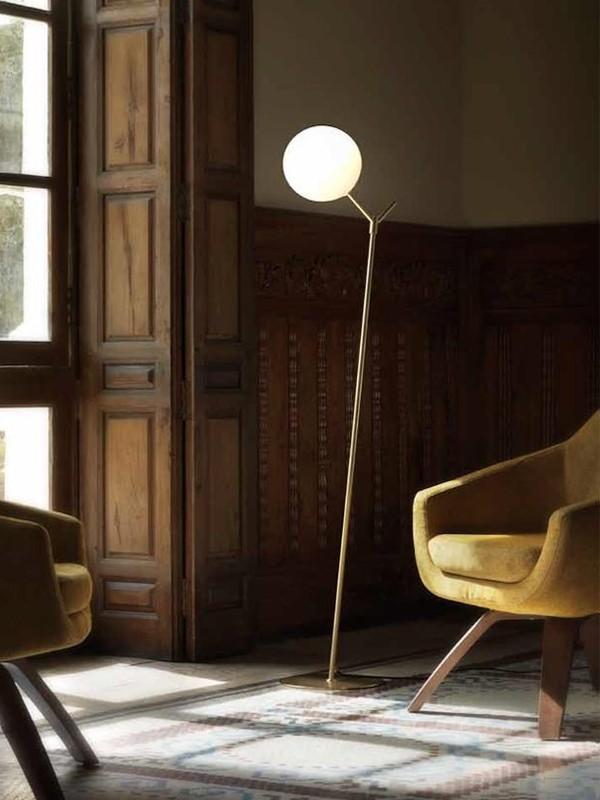 Atom Floor Lamp Design by Aromas AC Studio