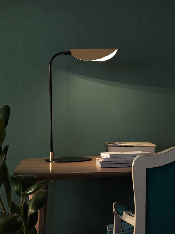 Ficus Table Lamp Design by J. F. Sevilla, Aromas