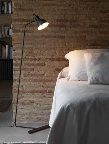 AITO Floor Lamp Black Ref.A-P1270DL by Aromas-600-800